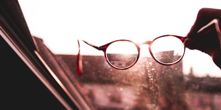 Причины запотевания солнцезащитных очков картинка