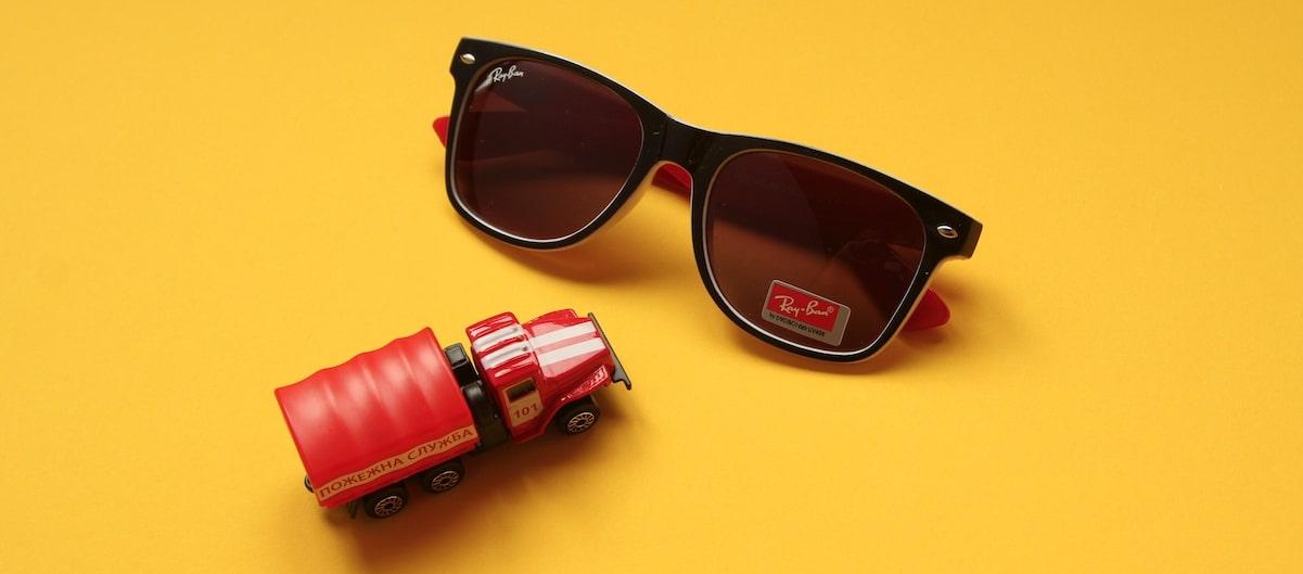 мужские спортивные очки от солнца фото