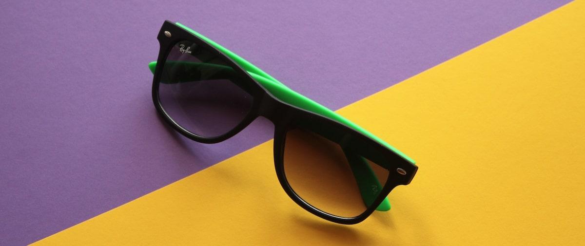 пластиковые солнцезащитные очки фото