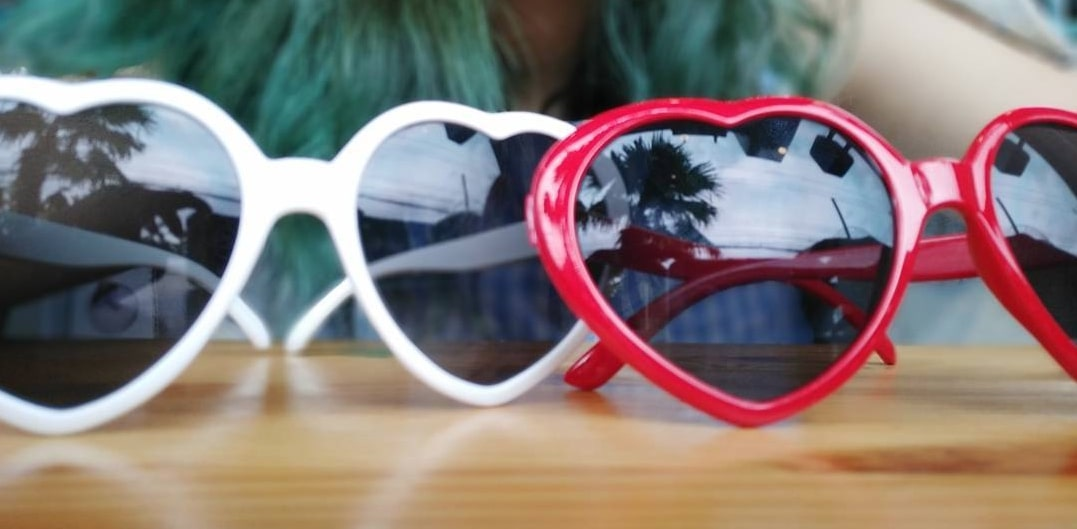 солнцезащитные очки сердечки фото